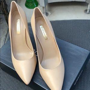 BCBG beige heels